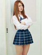教室で着替えていた坂本ひかるちゃん。嫌がるひかるちゃんを強制フェラから立ちバック、濃いザーメンを顔面にブッカケ!