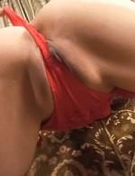 セクシーな赤のブラ&Tバック、ガーターストッキングで登場のパイパンM女いぶきちゃんを生ハメガン突き!イキまくって中出し!