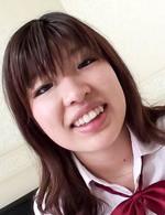 キュートな女子校生岡田あいちゃんとハメ撮りです。ご奉仕フェラはパンパンに張った金玉を吸い込んで放しません!フィニッシュは中出し!